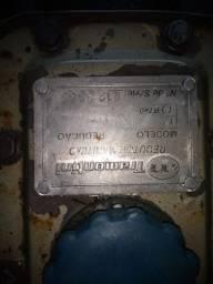 Vendo reversor Tramontina 3/1 semi hidraulico ,semi novo