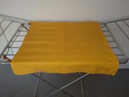 Tecido amarelo Oxford 70x70cm