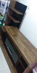 Rack e mesas de escritório