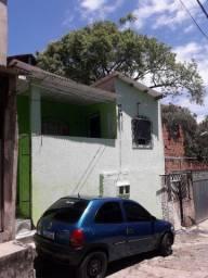 Vendo uma casa recentemente toda reformada