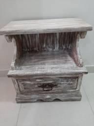Comoda de madeira