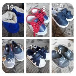 Vendo sapatinhos infantil