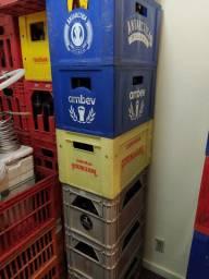 Vendo engradados de garrafas de cerveja 600ml