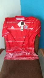 Camisa Vermelha do Bayern De Munique Adidas tamanho G