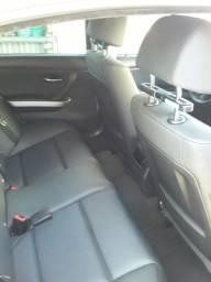 Vendo ou troco BMW 320, ano 2010. Aceito troca por Bmw 320, 2014/2015