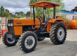 Trator Agrícola Valtra 585, 4X4, Ano 2011