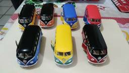 Miniaturas carros de FERRO.