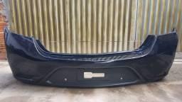 Parachoque traseiro Prisma 17/19 com furo para sensor de estacionamento original