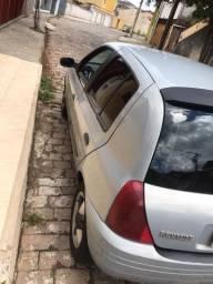Clio SI 2001