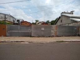 Vendo lote na Avenida Getúlio Vargas, Araguaína - TO