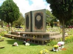 Lote / jazigo cemitério jardim da saudade