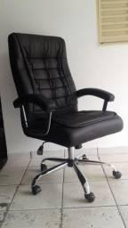Cadeira presidente com molas ensacadas 100% CONFORTÁVEL