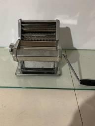 Máquina para cortar macarrão importada