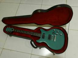 Guitarra com case