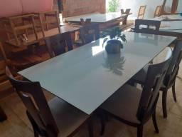 Mesa e 6 cadeiras nova.