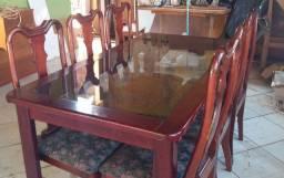 Mesa 6 cadeiras em madeira com tampo d vidro