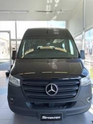 Sprinter Mercedes-Benz Van 15+1 Preta