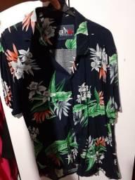 Vendo essa camisa de botões