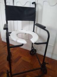 Cadeira higiénica Semi nova