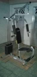 Estação de musculaçao