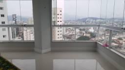 Excelente Apartamento para locação no centro de Balneário Camboriú