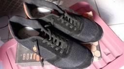 Sapato 44