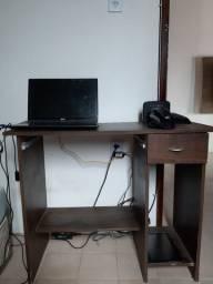 Mesinha para computador