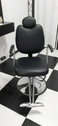 Cadeira de Barbeiro / Cabelereiro Reclinável
