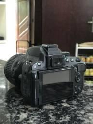 Camera DSLR Nikon D5100 com lente 18-55mm