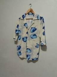 Blusa floriada