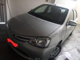 Toyota Etios em Perfeito Estado 1.3 - 2014/2015