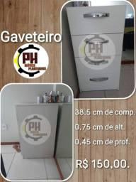 Gaveteiro com 4 Gavetas