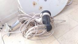 Antena parabólica com LNB de 2 saídas
