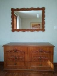Cômoda e espelho