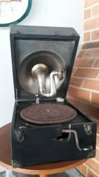 Gramofone antigo