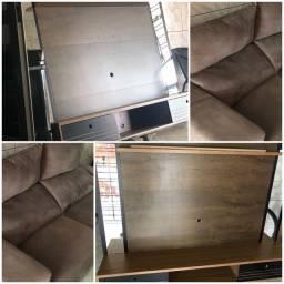Vendo dois móveis. ( um sofá e um suporte tv)