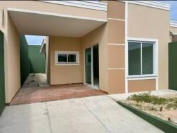 Casa para venda possui 85 metros quadrados com 2 quartos em Centro - Aquiraz - CE