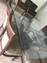 Mesa de vidro com 08 cadeiras