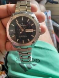 Vendo esse relógio original interessado me chama no Whatsapp