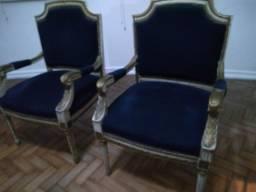 Cadeira Estilo Luiz XV com braços