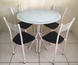 Mesa Com Cadeiras (Entrego)