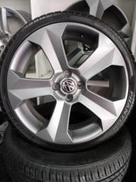 Rodas aro 18 novas com pneus Pirelli