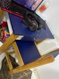 Mesa de estudo infantil