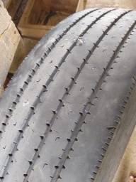 Pneus de caminhão Bridgestone