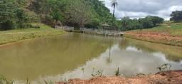 Fazenda Perto de Lagoa Santa. 3 Casas, Riacho e Lagoa