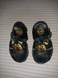 3 pares de sapatos infantil 19 ao 20