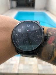 Relógio Tommy Hilfiger ( troco por iphone, Juju, invicta original) leia com atenção