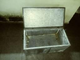 Carrinho mas caixa térmica