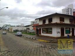 Título do anúncio: Sobrado à venda, 1600 m² por R$ 4.000.000,00 - Universitário - Lages/SC