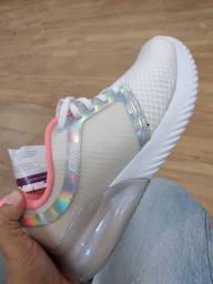 Sapato feminino  usado 3 dias apenas.